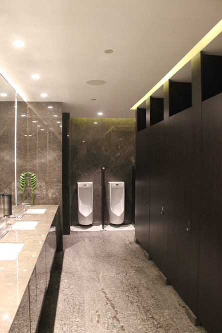 toilet-partition-hilton-4